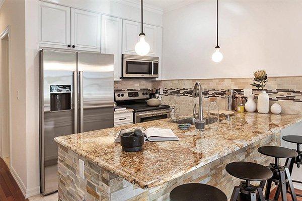 Appartamento su due piani con terrazze new york homenew for Piani a due piani in florida