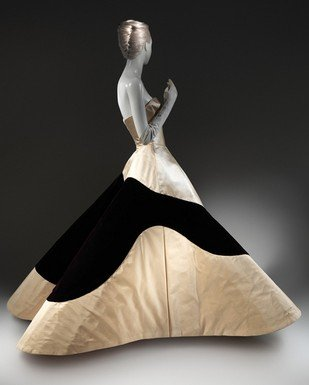 Anne Wintour: omaggio a Charles James